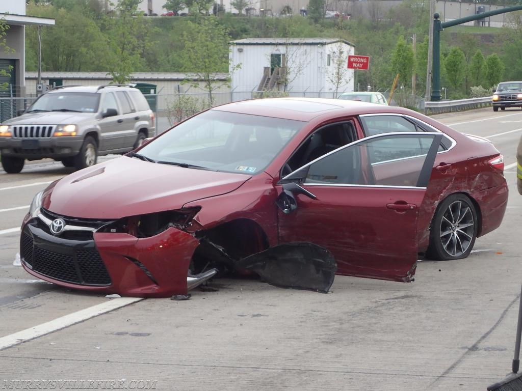 Multiple Vehicle Accident at US 22 and Mellon Road - Murrysville